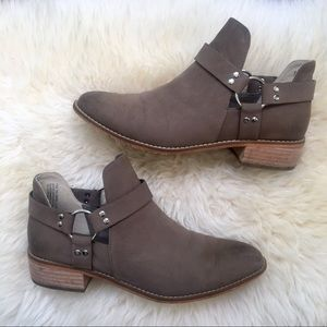 """Bp (Nordstrom) """"Kerry"""" Ankle Bootie - Size 7"""